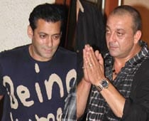 I'm not old enough to play Salman's dad, says Sanjay Dutt