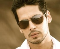 No Bigg Boss for Dino Morea
