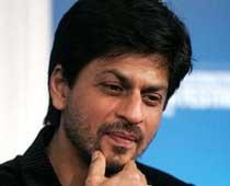 SRK chooses Big B over Salman Khan
