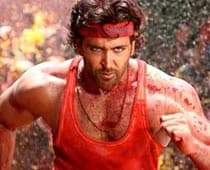 Hrithik Roshan injured again