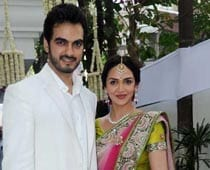 Esha Deol thanks all for blessings on engagement