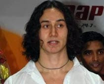 Jackie's son Tiger not part of  Aashiqui 2