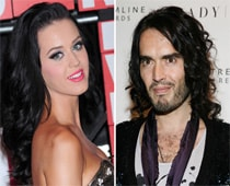 Katy Perry offered USD 2 million for Russell Brand book