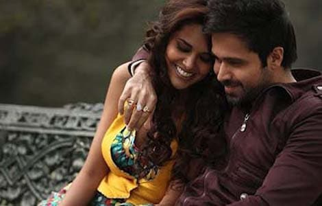 No lip-locks or bad words in TV version of Jannat 2