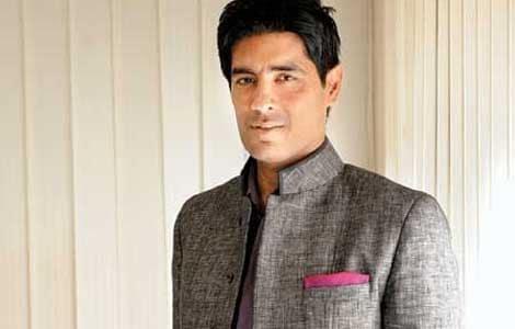 Bollywood keeps designer Manish Malhotra busy