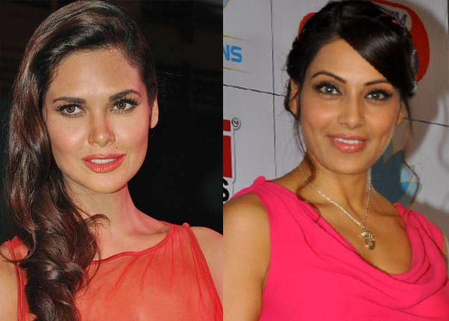 Esha, Bipasha bond over Raaz 3
