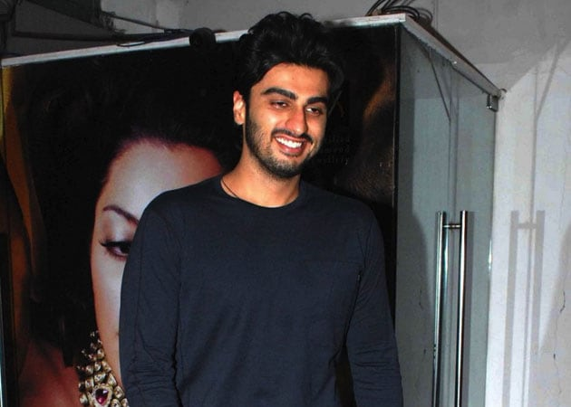 Arjun Kapoor believes in 'friends are forever' policy