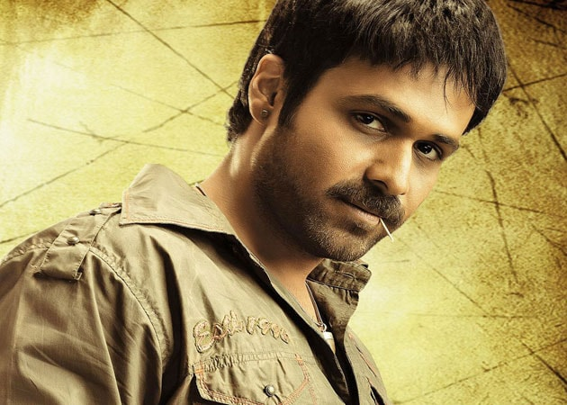 Emraan open to item songs