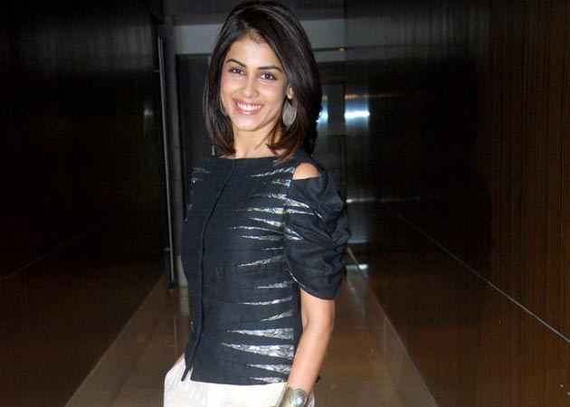There s a special reason behind actress Genelia D Souza s latest short    Genelia Hairstyle In Force