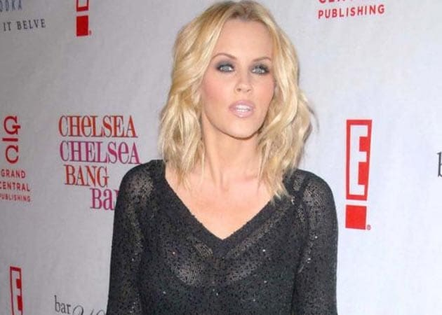 Jenny McCarthy sends nude pic of hers to son's dentist