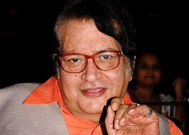 Veteran actor Manoj Kumar is back to direction