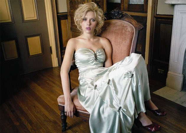 "Scarlett Johansson doesn't like being called ""the sexiest woman alive"""