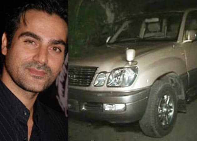 Salman Khan Cars Images Arbaaz Khan s car crushes