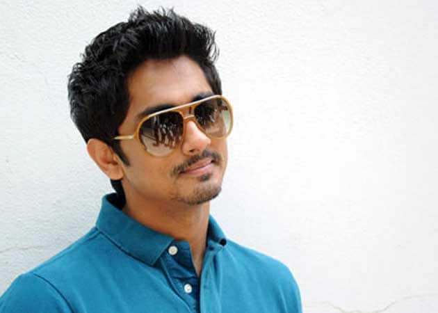 No connection between old <i>Chashme Buddoor</i> and new says actor Siddharth