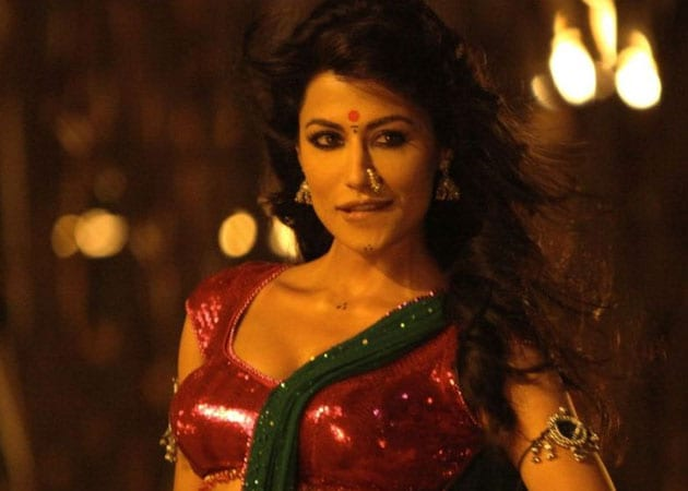 Chitrangada Singh game for more item songs