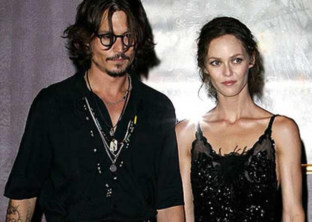 Johnny Depp, Vanessa Paradis putting on an united front for the children