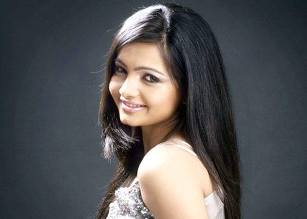 After <i>Jhalak Dikhhla Jaa</i>, Giaa Manek all set to play Jeannie