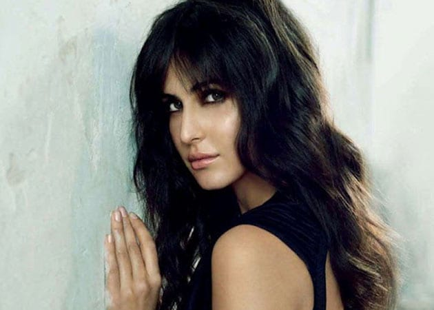 Katrina Kaif insists she's 'very much single' despite Ranbir rumours