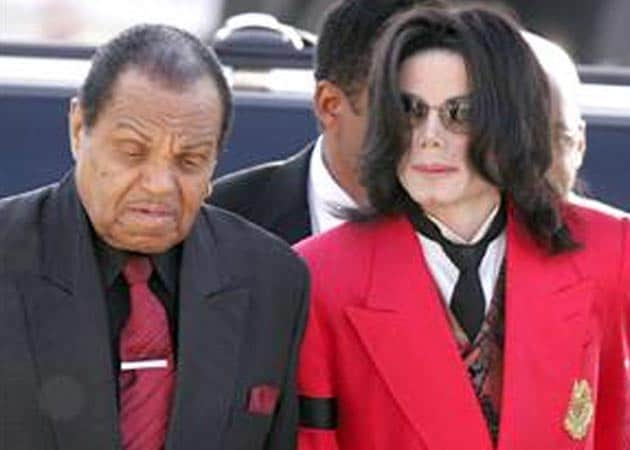 MJ's father drops his wrongful death lawsuit against Dr Conrad Murray
