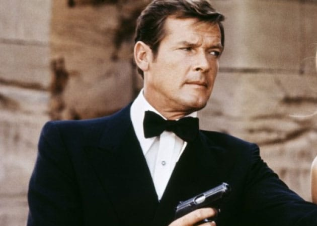james bond roger moore - photo #9