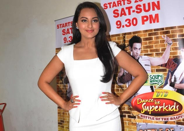 Sonakshi Sinha begins shooting for <i>Once Upon A Time In Mumbaai</i> sequel
