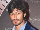 Vidyut Jamwal to model designer towel at India Resort Fashion Week