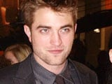 Robert Pattinson offered USD 100,000 to star in a <i>Girls Gone Wild</i> video