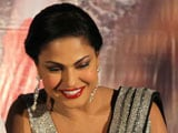 Veena Malik losing sleep over her packed schedule
