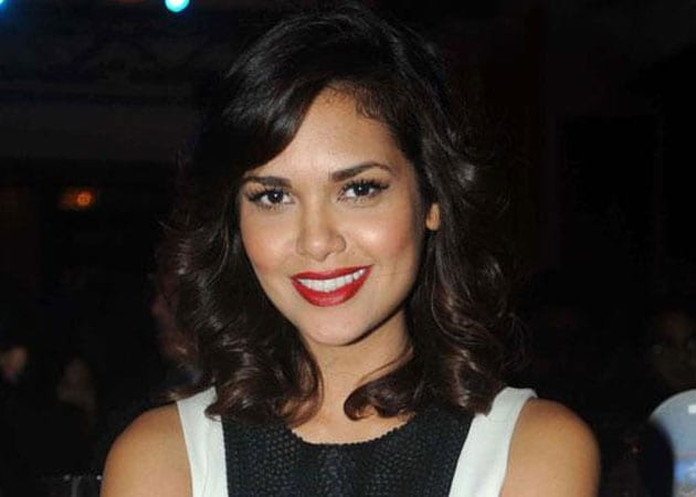 Esha Gupta turns down offer to endorse fairness cream