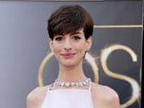 Anne Hathaway says sorry to Valentino for wearing Prada to the Oscars