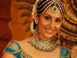 South star Divya Parmeshwar is Saif Ali Khan's new girl