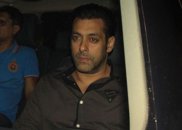 When Salman Khan met Sanjay Dutt - NDTV Movies
