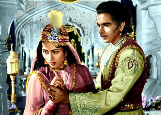 5 Times Bollywood Twisted Historical Facts To Make Way For Love Stories