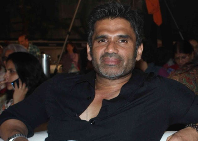 Suniel Shetty:Vindu doesn't represent Bollywood