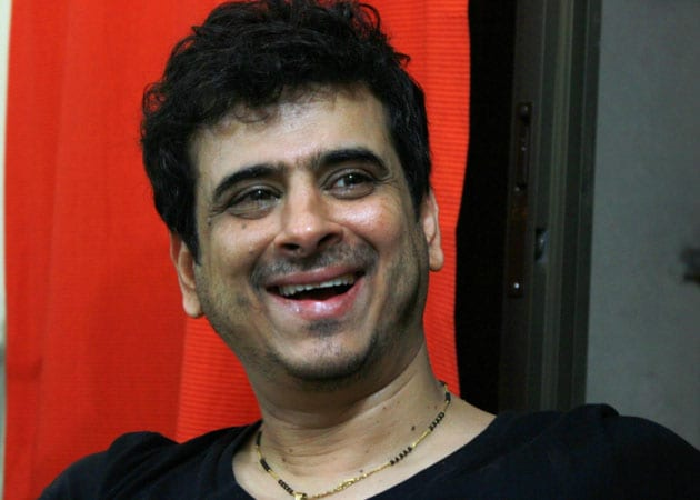 Outrage against singer Palash Sen for sexist remarks - NDTV Movies