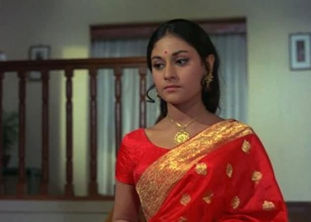 hunt on for younger jaya bachchan for tv show ndtv movies