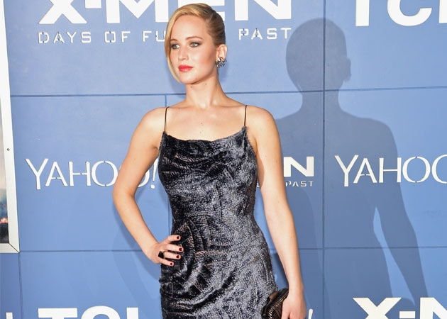 Jennifer Lawrence Saved From Hat Trick Fall at X-Men: Days of Future Past Premiere