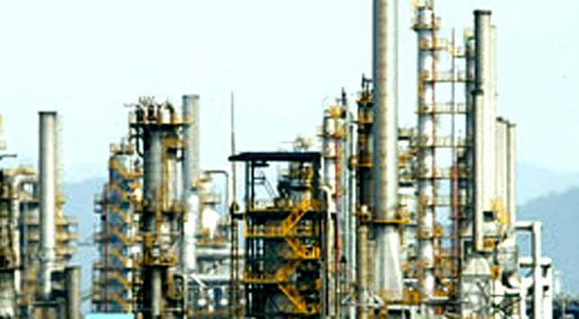 Mangalore Refinery to cut Iran oil imports
