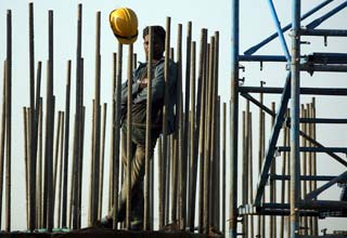 India January industrial output subdued: survey