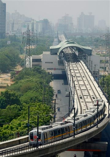 Hyderabad Metro project flagged off; first phase to be completed by end-2015