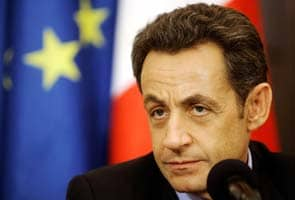Sarkozy faces defeat as France heads to polls