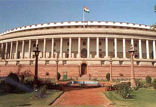 Lok Sabha passes Finance Bill 2012-13