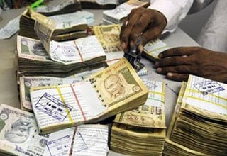 Debt restructuring in FY13 hits mid-size public sector banks