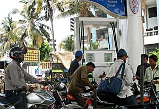 Petrol price cut by Rs 2/litre effective from Sunday