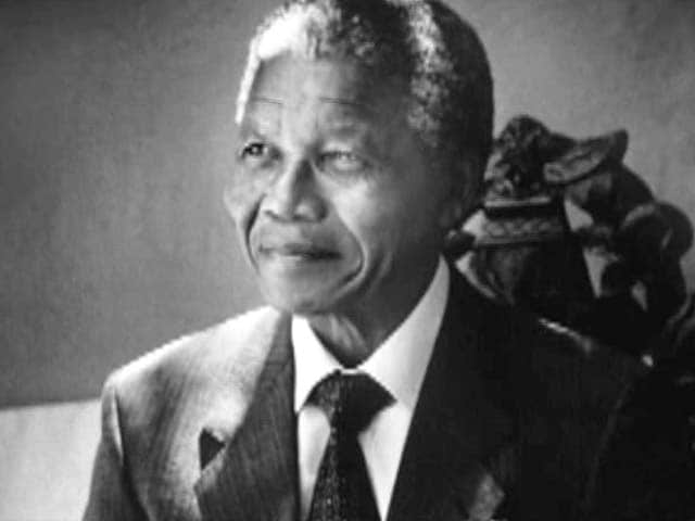Video : Nelson Mandela, South Africa's peacemaker, dies