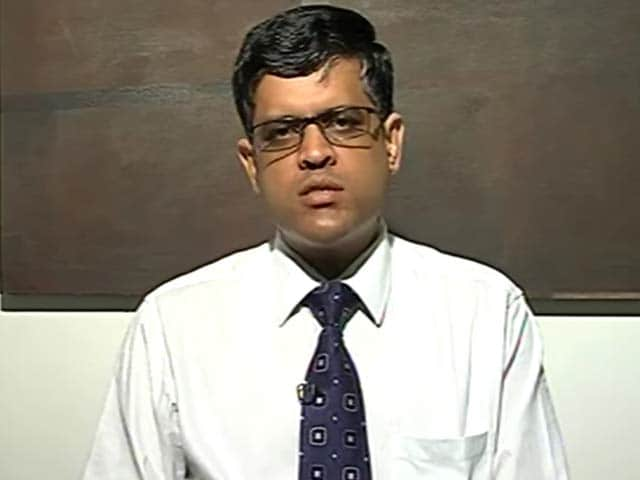 Video : Auto sales continue to disappoint: Mahantesh Sabarad