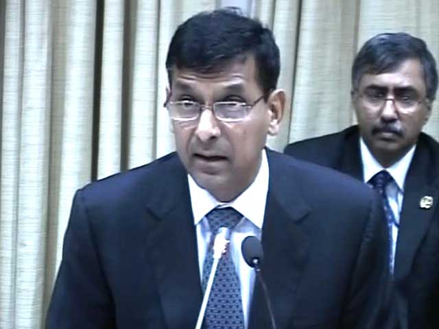 Video : New RBI Governor Raghuram Rajan presents bold 'rescue-rupee' plan