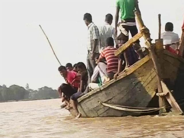 Video : Bihar flood situation worsens, death toll rises to 170