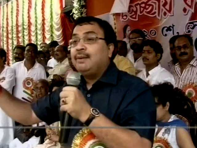 Video : Day after he lashed out at Mamata, cops summon Trinamool MP for questioning in Saradha scam