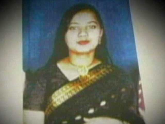 Video : Ishrat Jahan case: CBI questions Modi's minister, another summoned